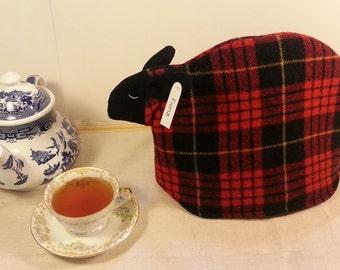Sheep tea cozy, tea cosy: Fiona the sheep cozy