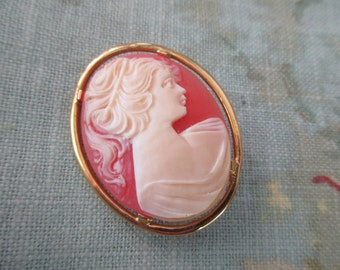 vintage cameo brooch - pin, romantic, woman, gold tone oval frame