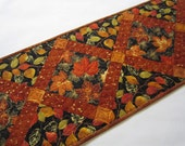 Table Runner Fall, Quilted Table Runner, Handmade Table Runner, Tablerunner, Home Decor, Leaves, Table Decor, Autumn Colors