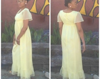 Pastel Yellow Maxi Gown // Full Length Vintage Prom // Vintage Party Dress // Lemon Yellow // 19