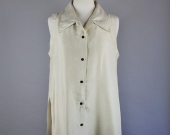 Vintage 90s Women's Long Cream Silk Sleeveless Summer Minimalist Street Style Wear to Work Button Down Blouse Shirt