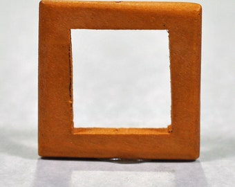 Square wood frame, drilled, 32mm, #646
