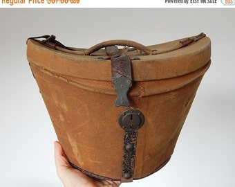 Sale 30% antique french hat box holder