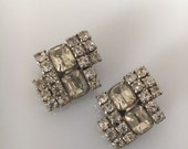 Vintage Wedding Rhinestone Earrings, prong set rhinestones, clear rhinestone earrings, vintage wedding earrings, rectangle rhinestone