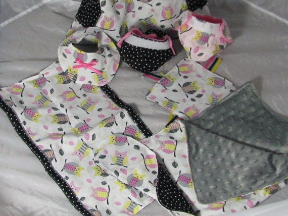 design your own doll diaper bag and by bellaandchloelayne on etsy. Black Bedroom Furniture Sets. Home Design Ideas