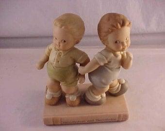 1994 Enesco Porcelain Figurine Tweedledum and Tweedledee Alice in Wonderland