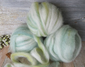 Roving top bamboo homegrown wool firestar 6 ounces 3 balls shades of greens white cream natural colored