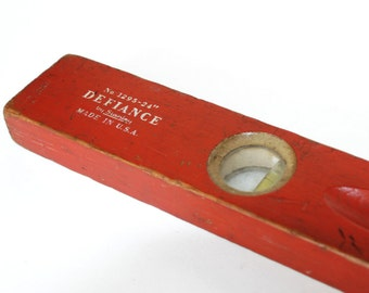 Red Wooden Stanley Defiance 24 inch Level