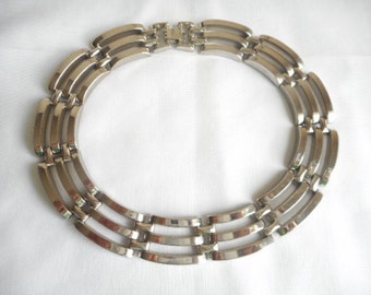 Vintage Silver Tone Chunky  Links Choker  Necklace