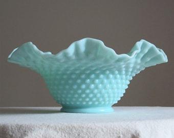 Vintage Green Pastel Milk Glass Bowl - Fenton Hobnail 1950s - Mint Green
