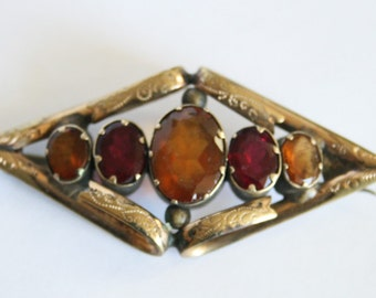 Vintage pinchbeck brooch. Garnet and citrine brooch.  Antique Victorian brooch