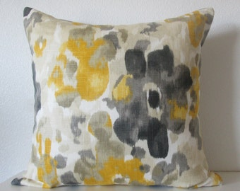 Dwell Studio Landsmeer - Citrine - Floral pillow - decorative pillow cover