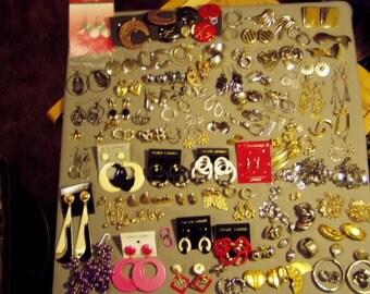 Vintage Lot 1960s -1980s 91 Pairs of Pierced, Screw Back & Clip Earrings Drop Dangle Big Bold  8450