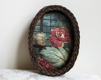 Vintage Small Wicker Tray With Glass Over Floral Fabric, Bohemian Shabby Cottage, Anthropologie Style