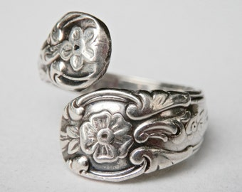 Vintage Spoon Ring, Lunt Sterling, Lunt Silver Pattern, Lunt Spoon Ring, Size 9.5 Ring, Sterling Flatware, Vintage Silver, Vintage Jewelry