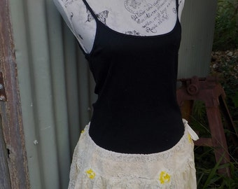 yellow blossom tutu skirt, vintage lace hippy mini, free size