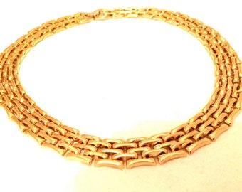 Classic Flat Golden Link Chain Metal Choker Necklace True vintage jewelry 80s artedellamoda talkingfashion talkingfashionnet gift ideas