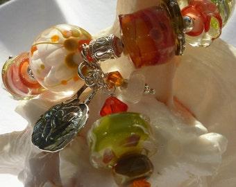 SUMMER FLOWERS  Lampwork Bracelet