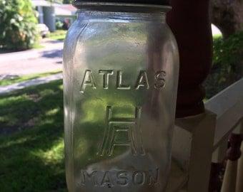 Atlas Mason jar with zinc lid