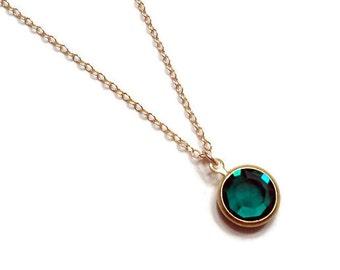 Emerald necklace Green necklace Vintage emerald necklace Green glass necklace Swarovski emerald May birthstone necklace Emerald birthstone