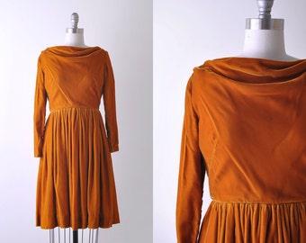 60's velvet dress. orange. 1960 autumn dress. xs. full skirt. vintage. bateau