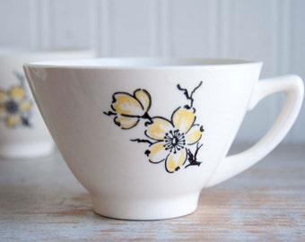 Vintage Stetson China, 1950's Tea Cups, Dogwood Flowers, Marcrest USA Set 4, Tea Party, Asian Style, Bohemian Kitchen, White Yellow Black