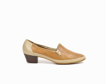 80s Vintage Heeled Leather Loafers / Two-Tone Pumps / Roberto Capucci Shoes- women's 6
