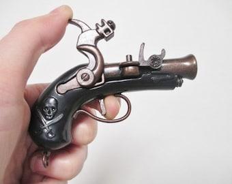 PIRATE PISTOL MUSKET Jumbo Pendant - Moving Parts