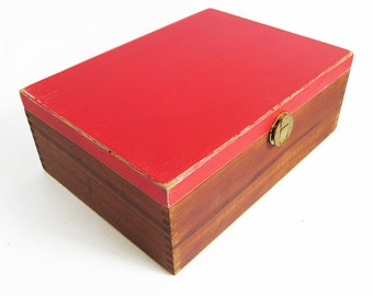 """Vintage Wooden Box with Hinged Lid """"Shabby Red Top"""""""