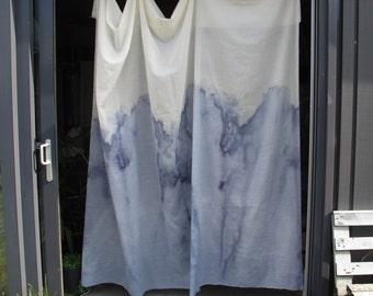 tie dye shibori curtain / indigo blue / material piece / lightweight / 4 m x 3 m