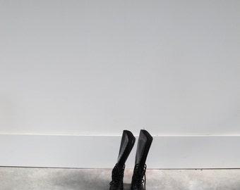 original underground boots / vintage / shiny black / high till knee / EU 39/40