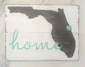 Personalized state wood sign with heart over city