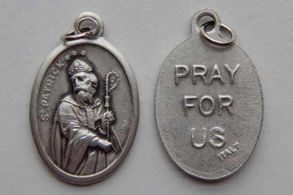 5 Patron Saint Medal Findings - St. Patrick, Pray, Die Cast Silverplate, Silver, Oxidized Metal, Made in Italy, Charm, Religious, RM902