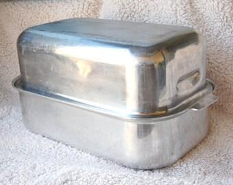 Vintage Mirro 13 X 9 Cake Pan With Slider Lid By