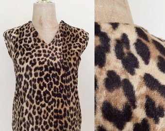 20% OFF 1960's Leopard Print Faux Fur Boxy Top Vinatge Shirt Size Small Medium by Maeberry Vintage