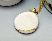 Porcelain necklace, white with gold stripe