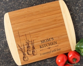 Personalized Mother's Day Cutting Board, Personalized Mom's Kitchen, Custom Engraved Cutting Board, Bamboo Cutting Boards, Mom-14 x 11 D37