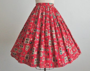 STOREWIDE SALE 50's Fruit Print Skirt // Vintage 1950's Red Novelty Fruit Print Cotton Full Skirt XS