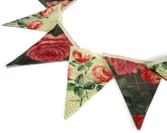 Country Cottage Bunting Vintage style with ROSES and red, pink and green Fabric