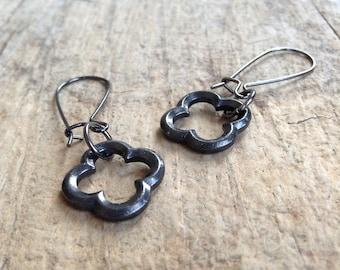 Gunmetal Quatrefoil Earrings, Gift For Her, Moroccan Earrings, Gunmetal Earrings, Dangle Earrings, Bohemian Earrings, Bohemian Jewelry