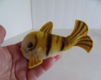 Steiff fish miniature mohair made in Germany 1579