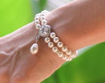 Ivory Pearl Bracelet, Pearl Bridal Bracelet, Pearl Drop and Crystal Bracelet, Bridesmaids Bracelet, ERICA Pearl Drop