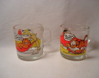Cool 2 1978 Garfield Characters McDonald's Clear Glass Coffee Cups or Mugs
