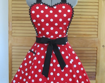 Minnie Mouse Heart Shaped Apron - Full of Flounce