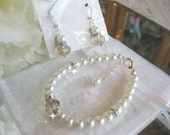 Champagne Crystal and Pearl Bracelet and Earring Set/Bridesmaid or Bride Jewelry Set/Wedding Jewelry/Pearl Jewelry Set/Crystal Jewelry Set