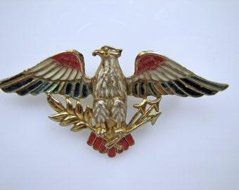 1940s Sweetheart Brooch. Silson American Eagle With Arrows Figural Enamel Brooch. WW2 Gold Pot Metal Lapel Pin. Vintage Patriotic Jewelry