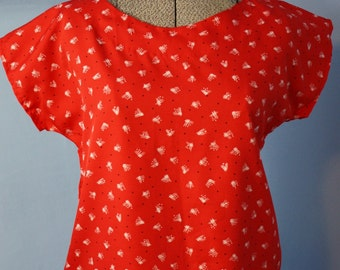 Vintage 80s does 40s Boxy Red Abstract Blouse Top Retro Fashion Modern Size Large