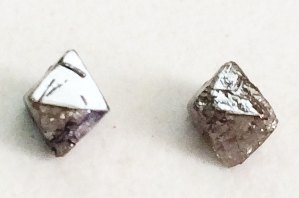 how to sell raw diamonds