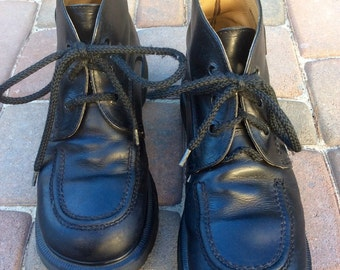 90s Dr. Martins/// size 6 men/8 woman