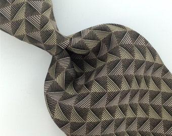 Cezani Vintage Black Light/Tan Geometric Triangles Woven Silk Mens Neck Tie H3-16